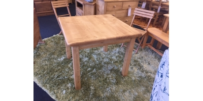 TABLE CARREE T254-3